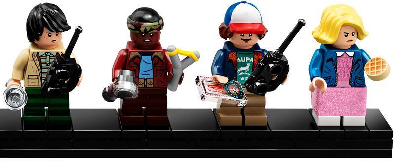 <strong><em>Stranger Things</em></strong> LEGO set The Upside Down #10