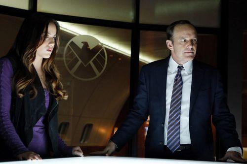 <strong><em>Marvel's Agents of S.H.I.E.L.D.</em></strong> Photo 1