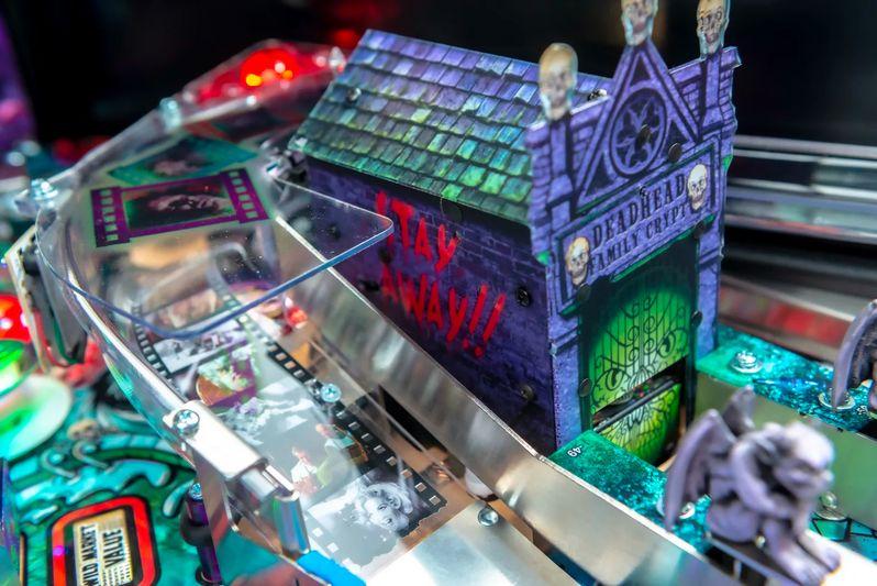 Elvira's House of Horrors Pinball machine by Stern #6