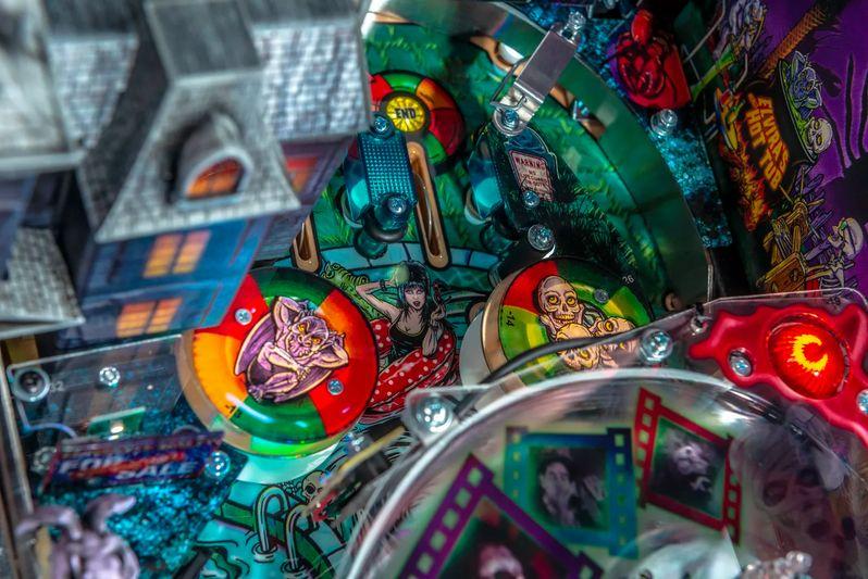 Elvira's House of Horrors Pinball machine by Stern #20