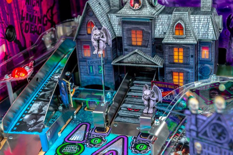 Elvira's House of Horrors Pinball machine by Stern #12