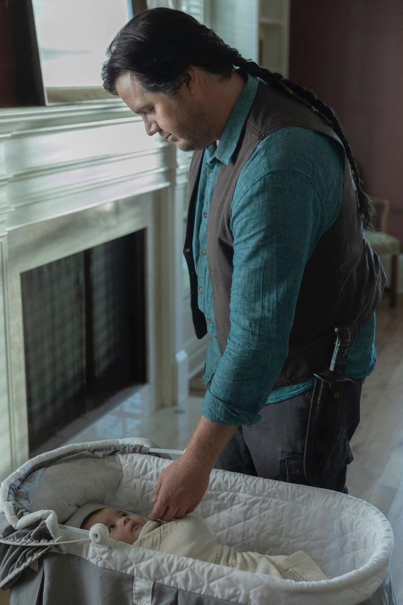 <strong><em>The Walking Dead</em></strong> Season 10 Rosita's Baby photo #2