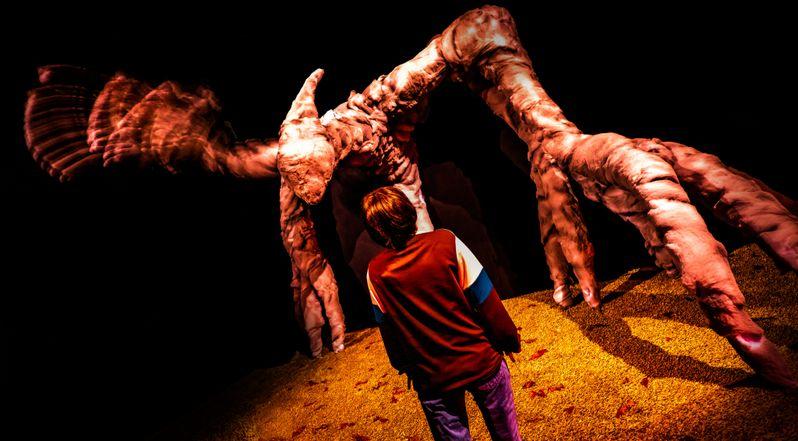 <strong><em>Stranger Things</em></strong> Halloween Horror Nights Maze #4