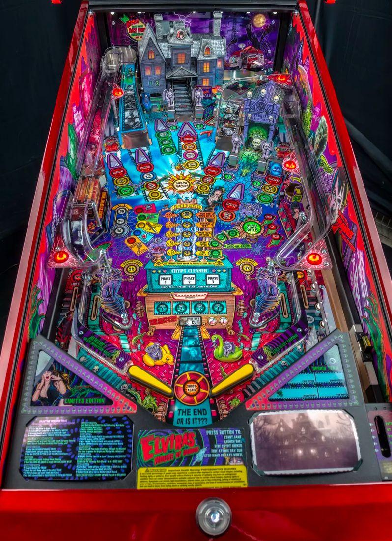 Elvira's House of Horrors Pinball machine by Stern #18