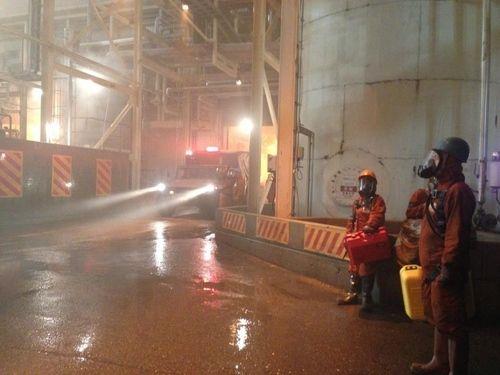 <strong><em>Godzilla</em></strong> Set Photo 'Be Prepared'
