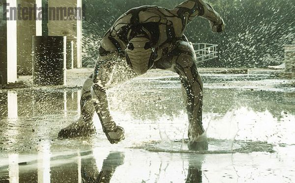 <strong><em>Max Steel</em></strong> EW Photo 3