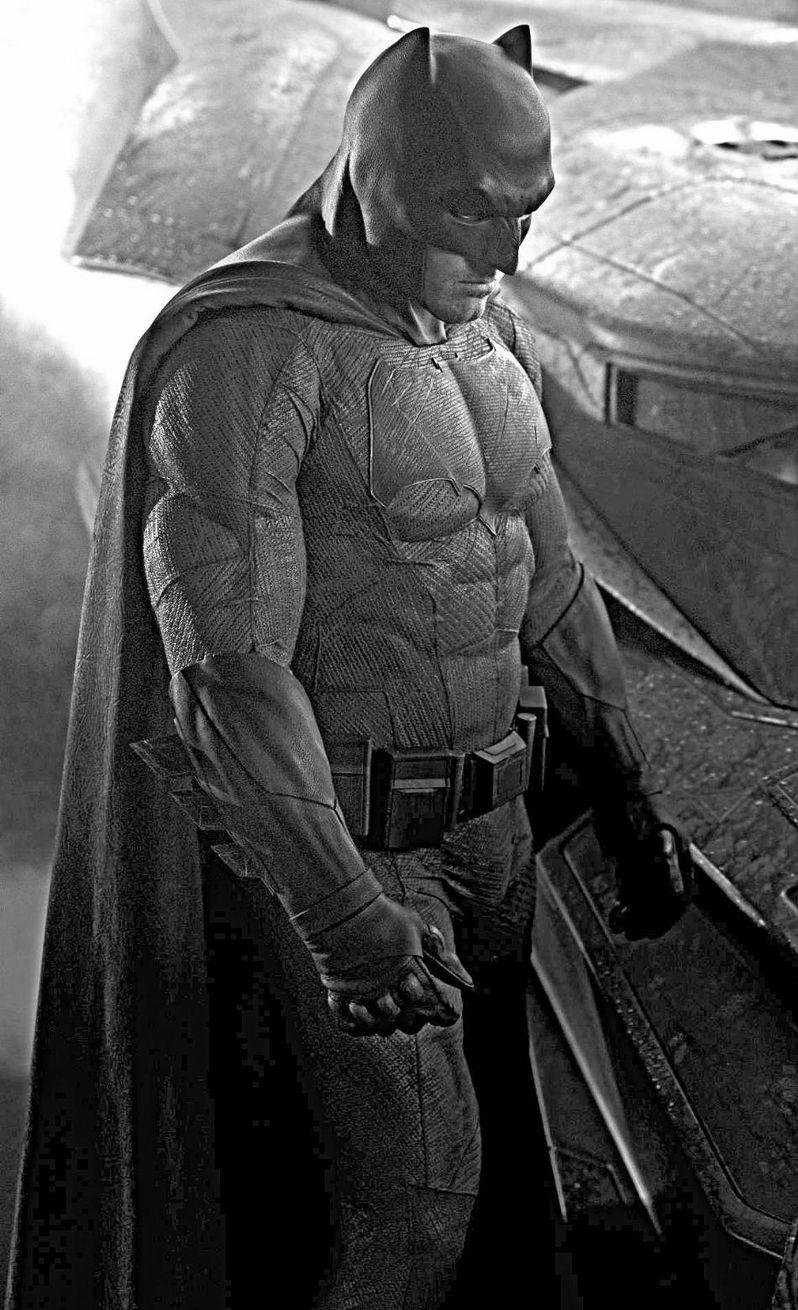 Batman in Batman Vs. Superman Photo Close-Up 4