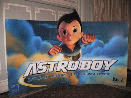 <strong><em>Astro Boy</em></strong> Standee