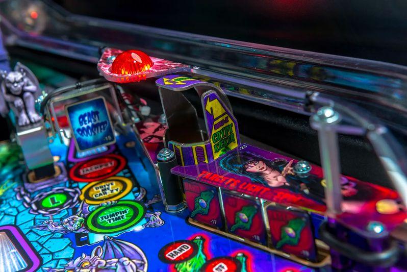 Elvira's House of Horrors Pinball machine by Stern #2