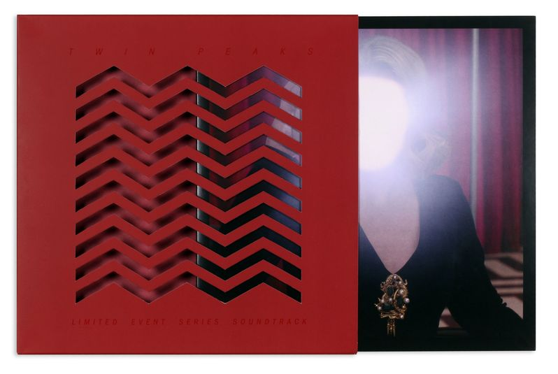 <strong><em>Twin Peaks</em></strong> Season 3 Vinyl Soundtrack Cover Art