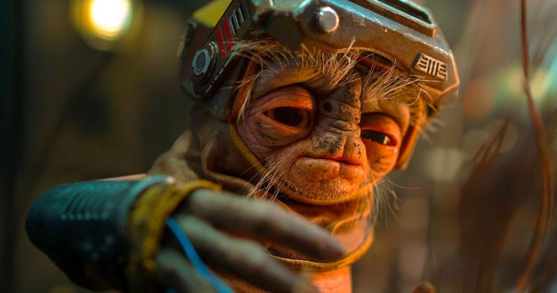 Star Wars 9 Photo Introduces Droidsmith Babu Frik, Is He Behind C-3PO's Red Eyes?