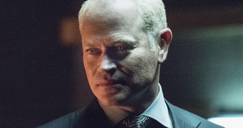 Arrow Villain Damien Darhk Will Crossover to Flash & Legends