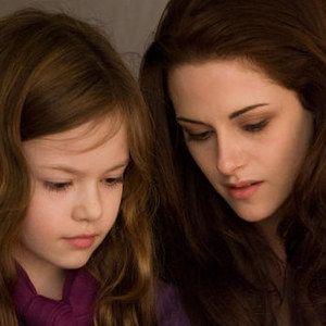 The Twilight Saga: Breaking Dawn - Part 2 Behind-the-Scenes Featurette