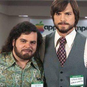jOBS Photos Reveal Josh Gad as Steve Wozniak
