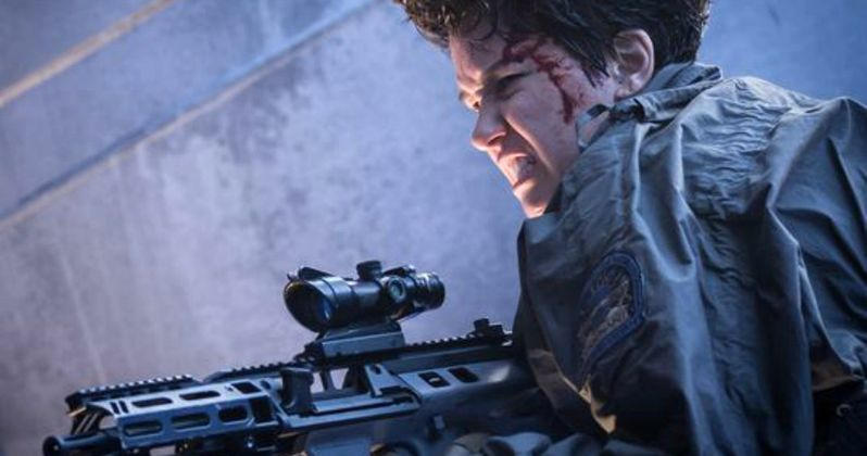 Alien: Covenant Photo Has a Bloody, Battle-Scarred Katherine Waterston