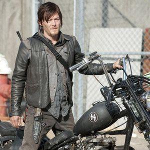 The Walking Dead Season 4 Behind-The-Scenes Featurette