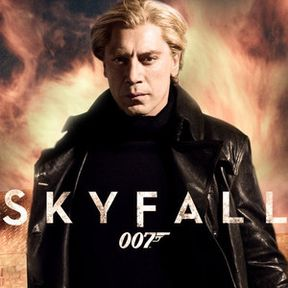 Skyfall Set Photos Featuring Daniel Craig and Naomie Harris