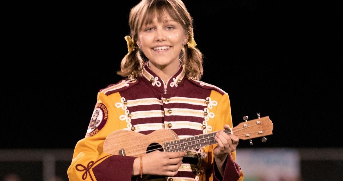 Stargirl Trailer Brings Grace VanderWaal's Musical Magic to Disney+