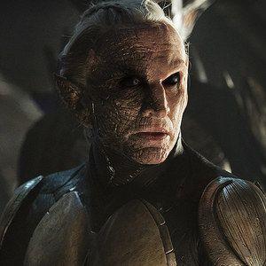 Thor: The Dark World Clip 'Malekith Wakes Up'