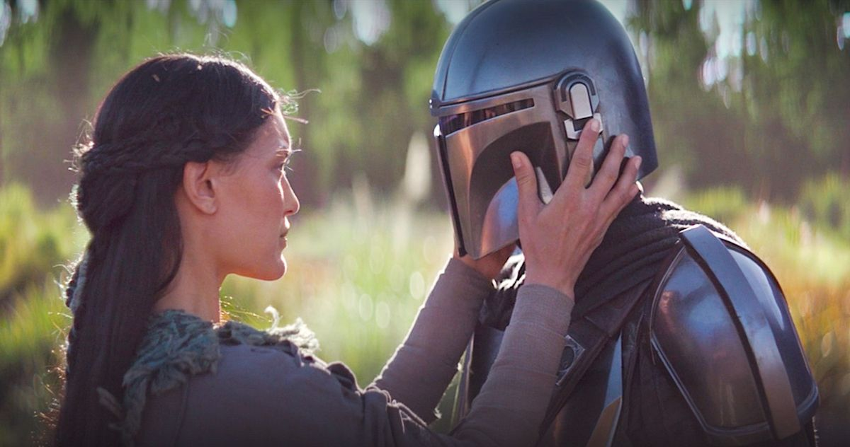 Почему звезда «Мандалорца» Педро Паскаль согласился носить шлем на протяжении большей части сериала