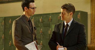The Riddler Emerges in New Gotham Season 2 Photos