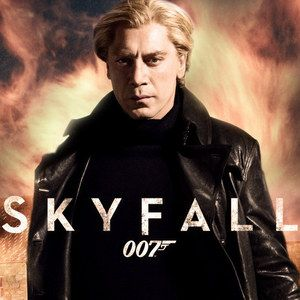 Skyfall Trafalgar Square Set Photos Featuring Daniel Craig