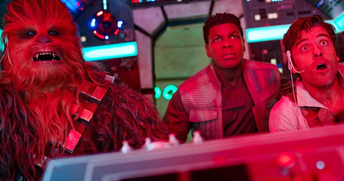 Millennium Falcon Crew Is Shellshocked in New The Rise of Skywalker Image