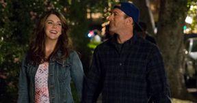 Luke & Lorelai Reunite in New Gilmore Girls Revival Photos