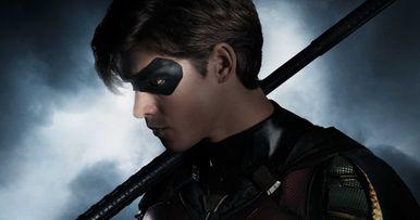 Brenton Thwaites as Robin Revealed in DC's Titans TV Show