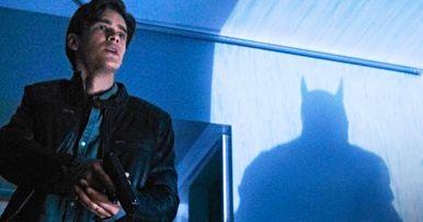 Batman Vs Robin in the Titans Season Finale Trailer