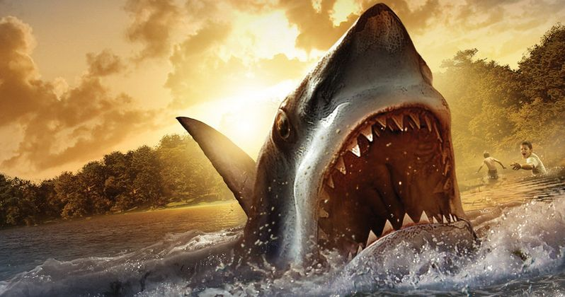 Kevin Smith Pitches Jaws Sequel to Steven Spielberg