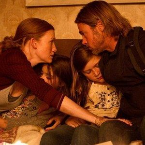 World War Z 'They're Coming' Clip