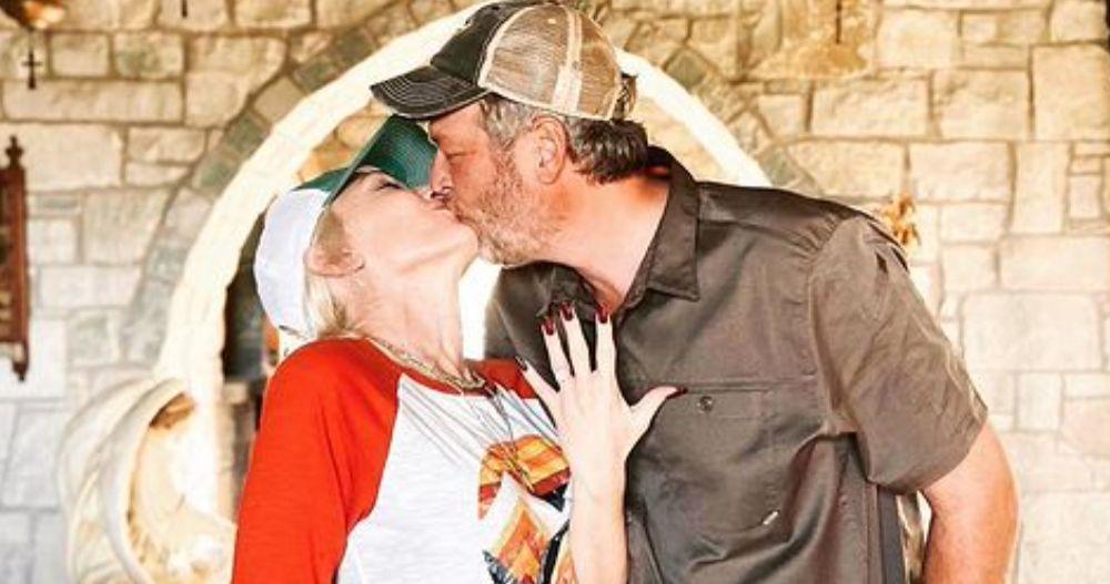 The Voice Judges Gwen Stefani & Blake Shelton Got Married ...