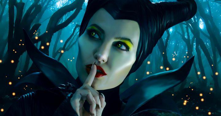 Linda Woolverton Will Write Disney S Maleficent