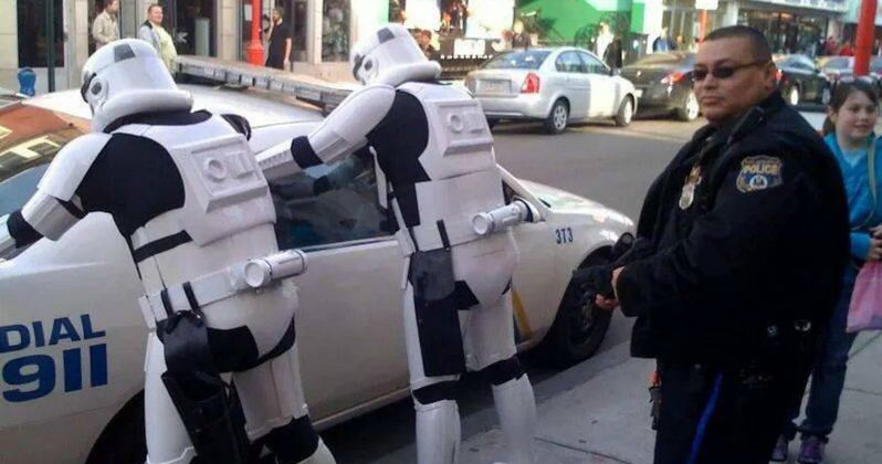 Some Police Think Leaking Star Wars 7 Spoilers Should Be a Crime