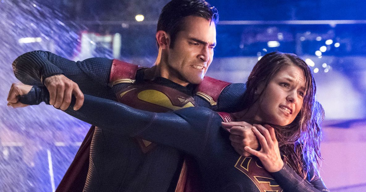 Supergirl Movie on Hold So Warner Bros. Can Focus More on Superman?