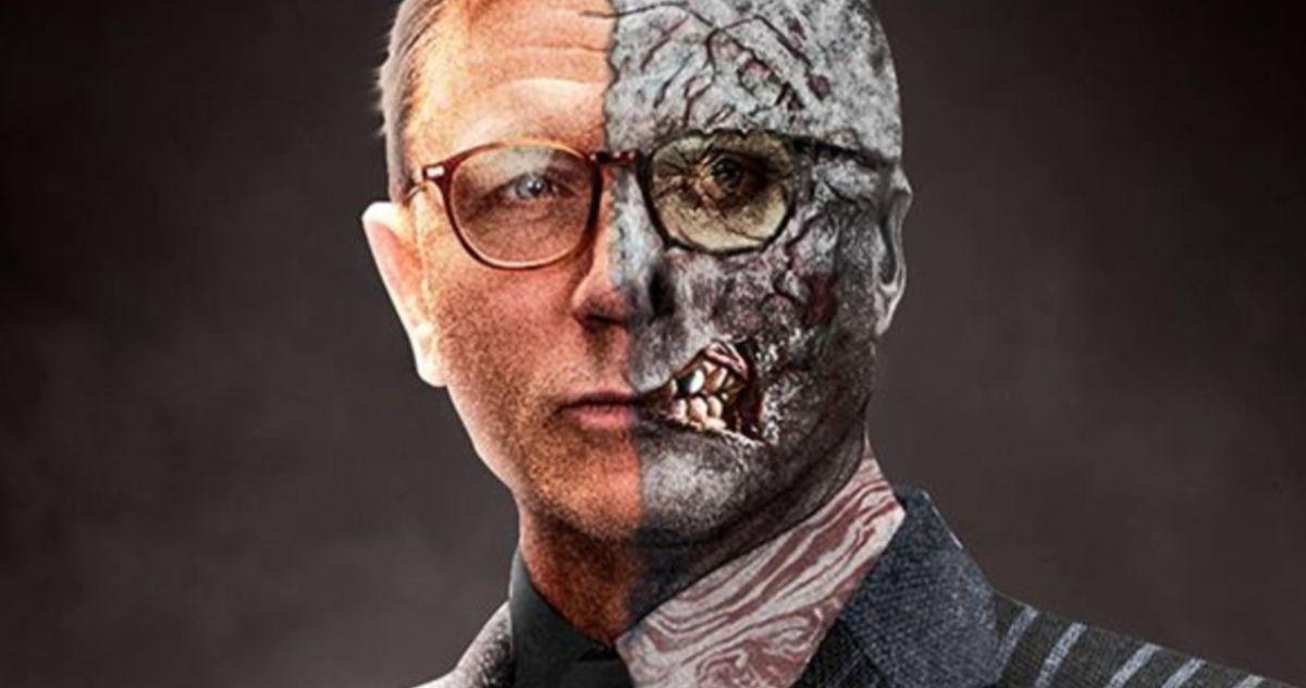 Daniel Craig Is Two-Face in The Batman Fan Art