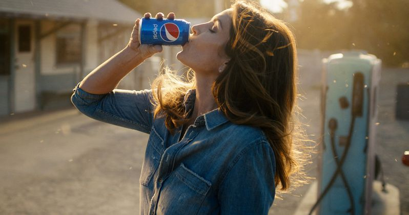 Cindy Crawford Is Recreating Her Iconic 1992 Super Bowl Commercial