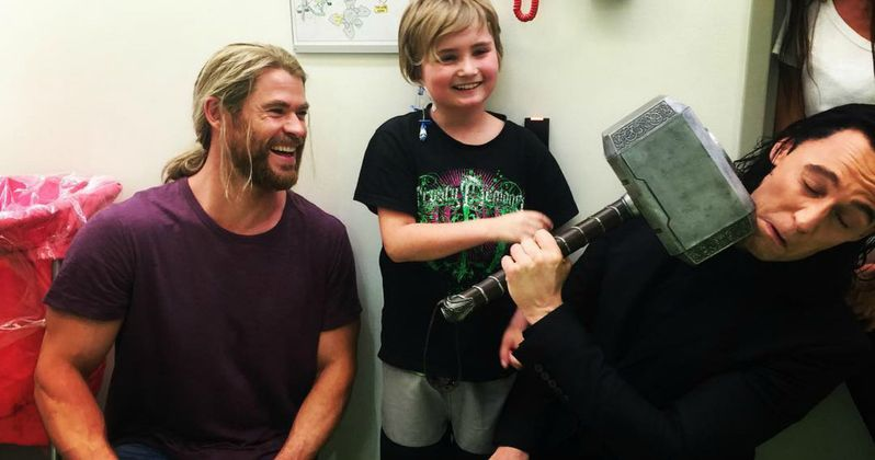 Thor: Ragnarok Stars Take Mjolnir to Australian Children's Hospital