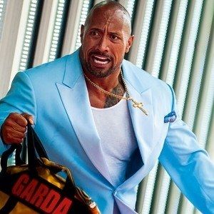 Pain and Gain Photo Finds Dwayne Johnson on the Run