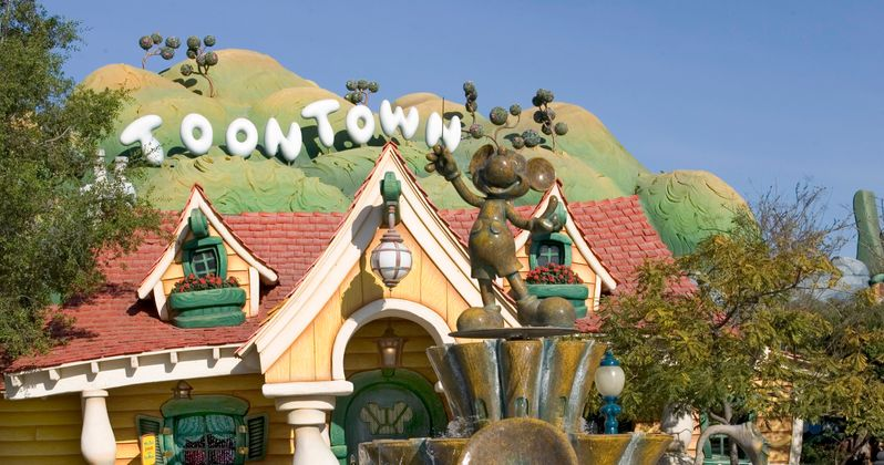Brutal Disneyland Fight Caught on Video as Security Takes