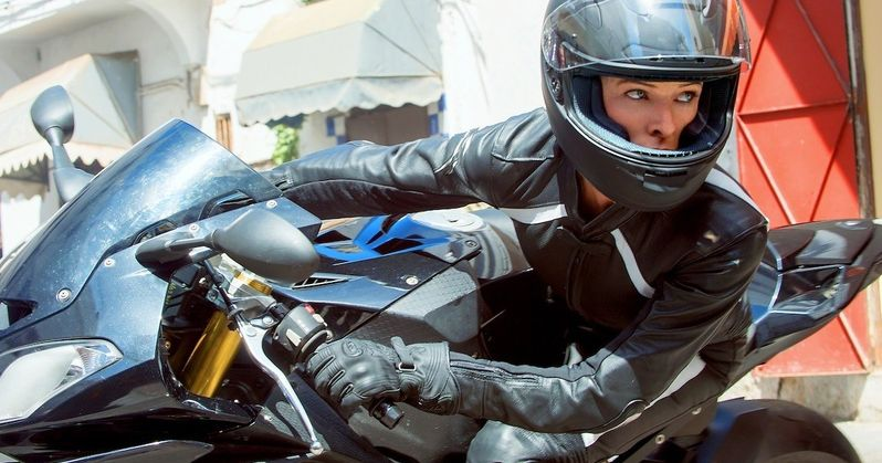 Over 35 Mission: Impossible Rogue Nation Photos