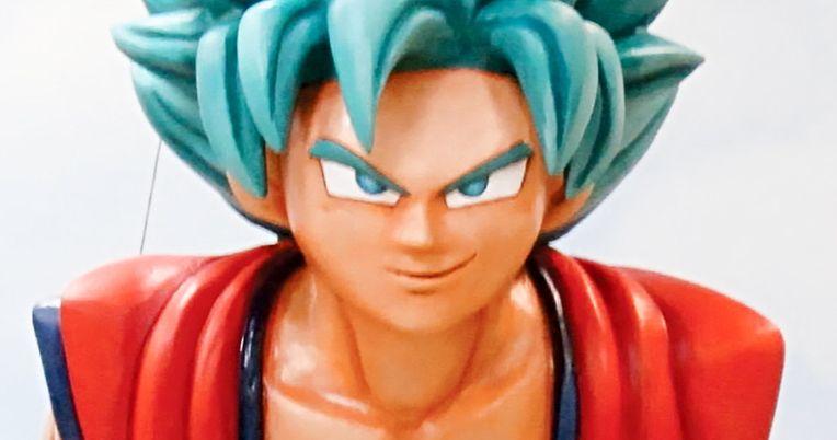 Goku Invades Macy's Thanksgiving Day Parade with Giant Dragon Ball Balloon