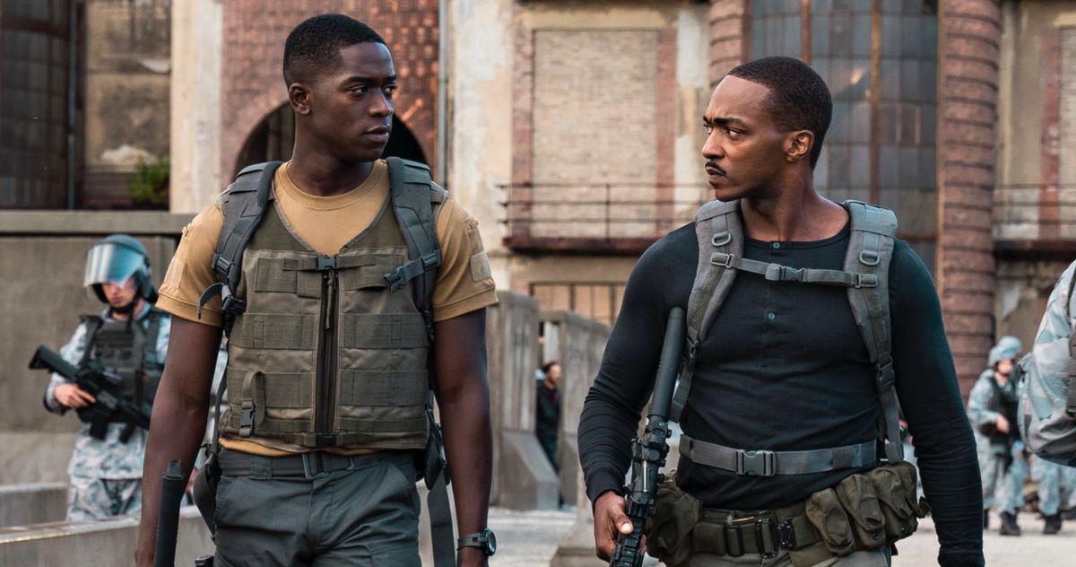 Трейлер Outside the Wire отправляет Энтони Маки охоту за устройством Судного дня на Netflix