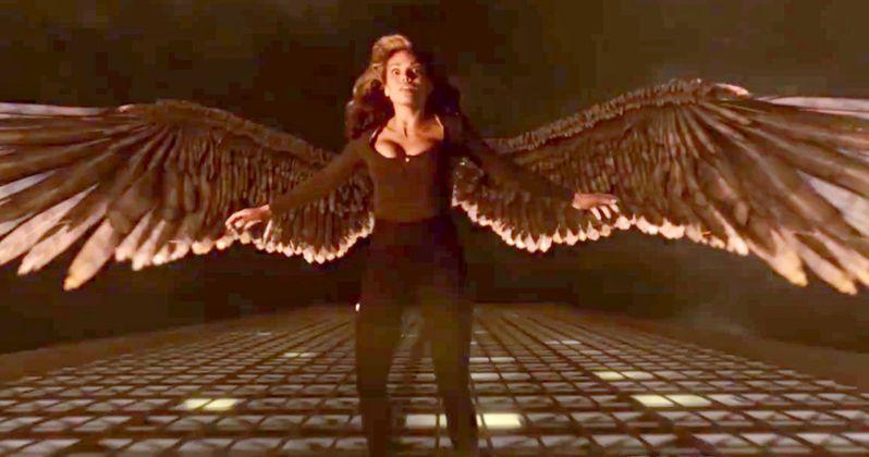 Hawkgirl Takes Flight in Arrow & Flash Crossover Trailer