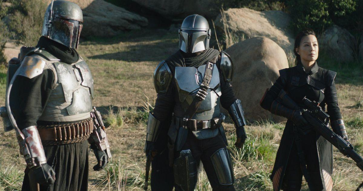 Звезда «Мандалорца» Педро Паскаль опровергает слухи о шлемах