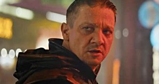 First Look at Hawkeye as Ronin in Avengers: Endgame