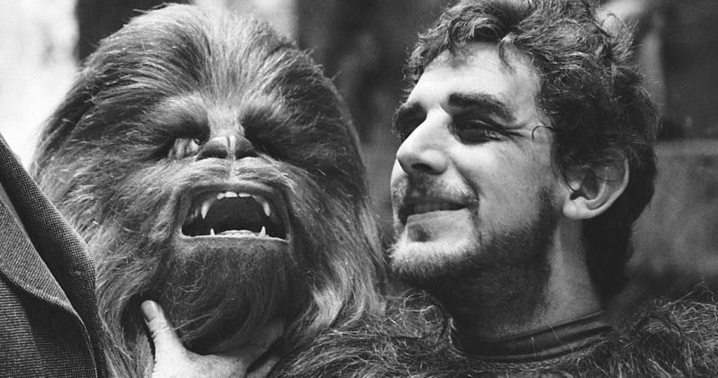 Peter Mayhew, Chewbacca in Star Wars, Dies at 74
