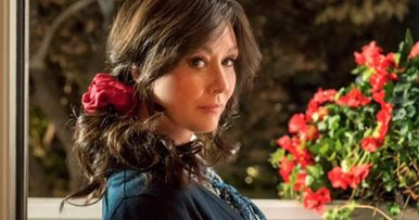 Shannen Doherty Returns in First Look at Heathers TV Reboot