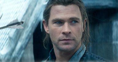 Huntsman: Winter's War Trailer #3: Chris Hemsworth Vs. Dark Magic